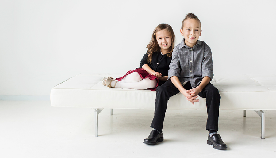 studio-portraits-brother-sister-rs